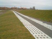 Elbe cycling path